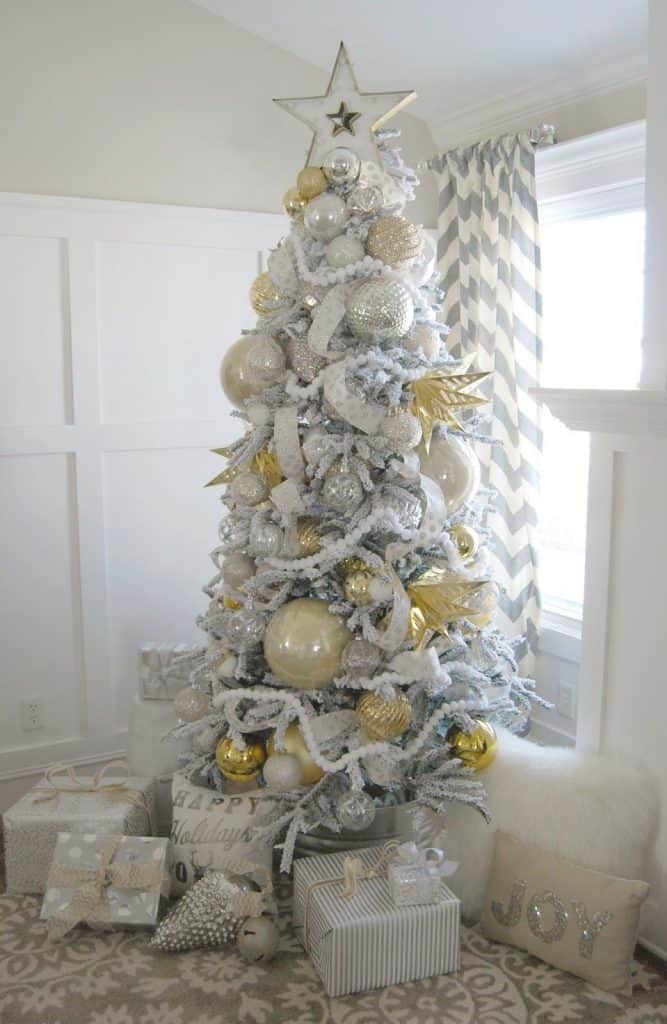 silver & gold christmas tree